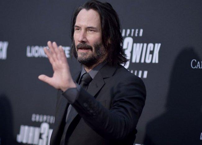 Keanu Reeves matrix resurrections