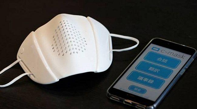 Konuşma çevirisi yapan akıllı maske