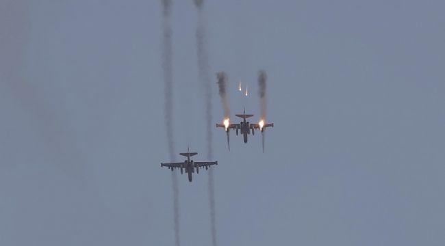 Ermenistan'a ait Su-25 savaş uçağı düşürüldü
