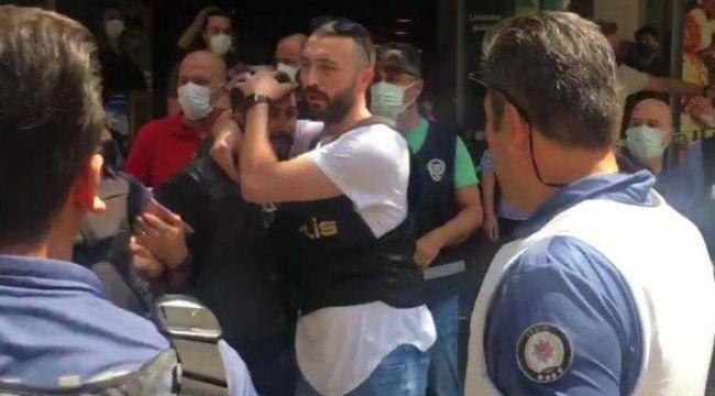 İzmir'de HDP il binasına saldırı: 1 ölü